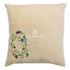 DMC embroidery kit pillow case 40 x 40 cm incl. yarn - 1pc